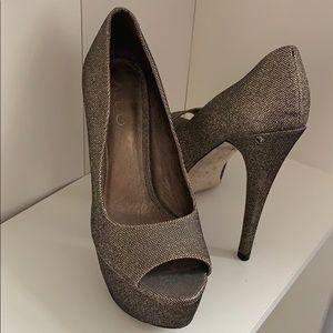 Aldo Bronze Platform Heels 👠